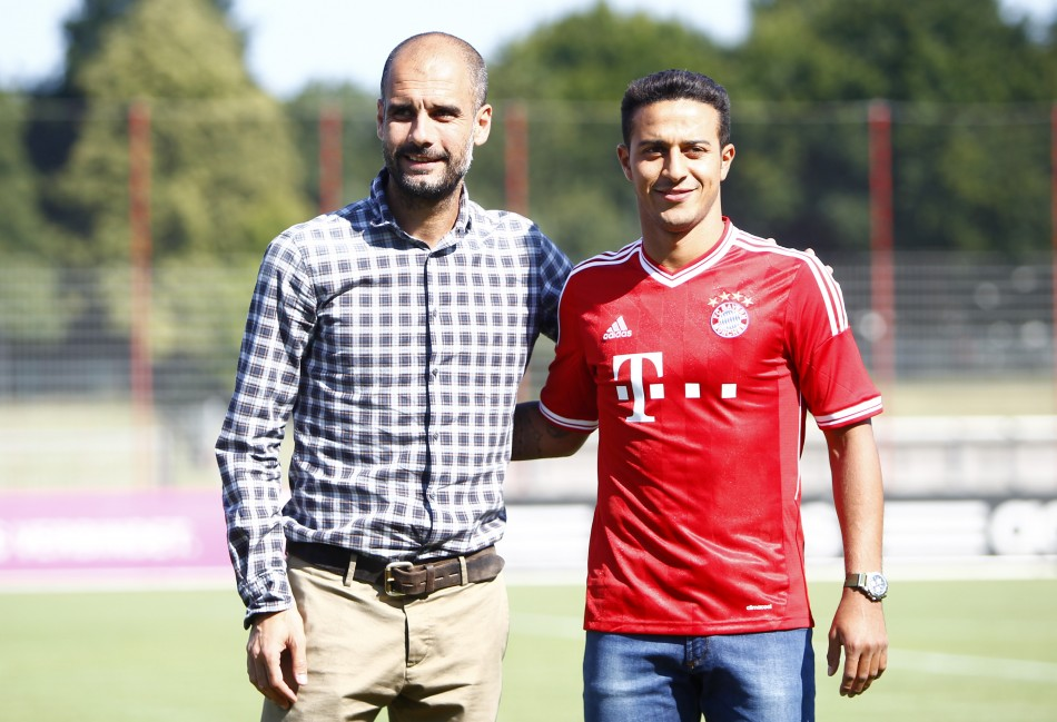 Pep-Guardiola-vs-Thiago